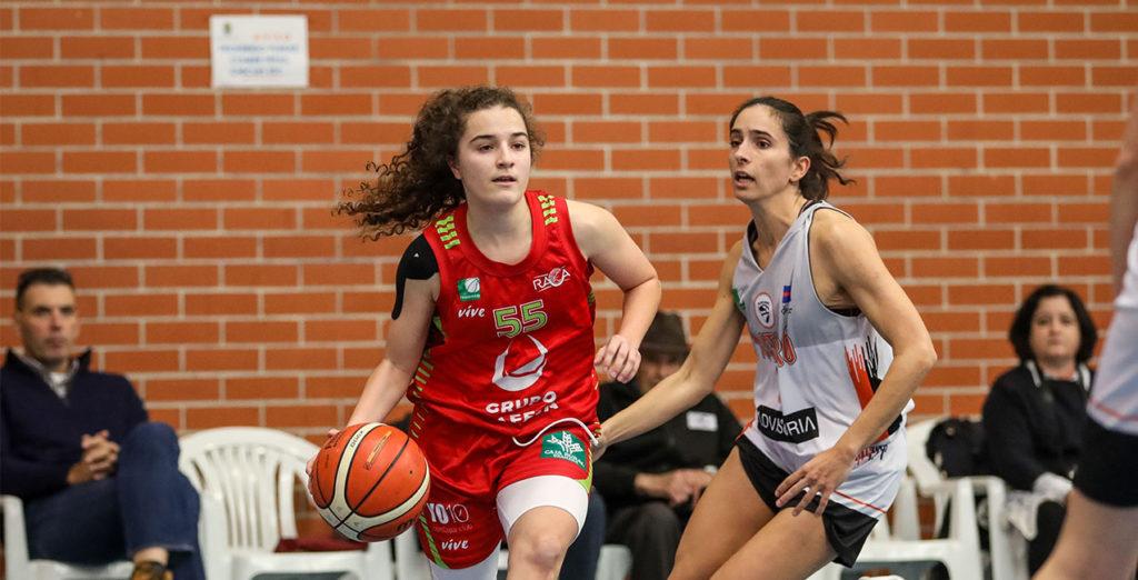 Andrea Alcántara jugará un año más en el Hafesa RACA