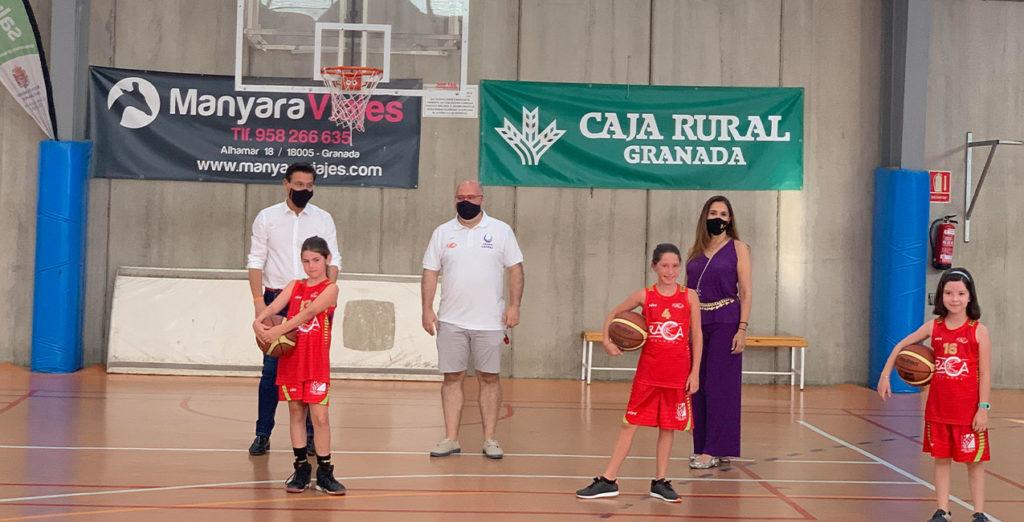 El alcalde de Granada visita los entrenamientos de RACA