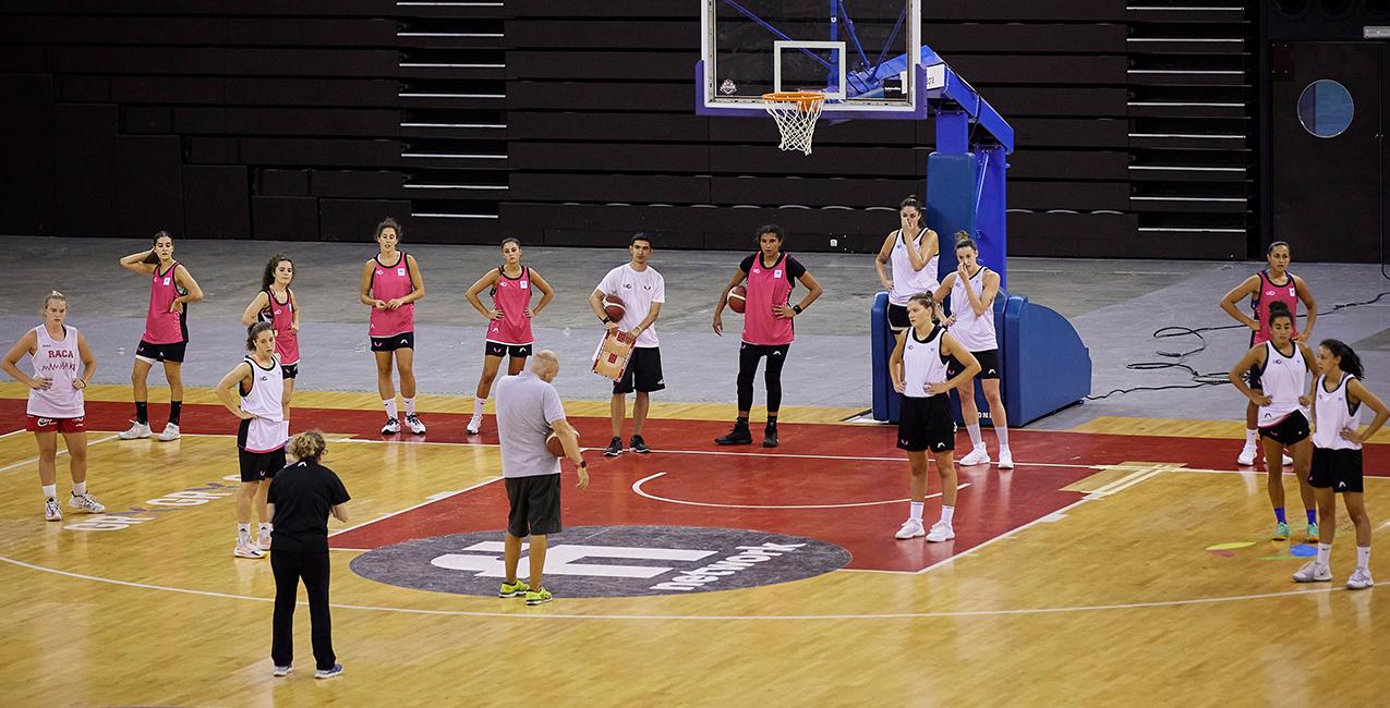 Primer entrenamiento en el Palacio de los Deportes
